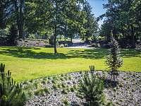 Naše zahrada - Branžež
