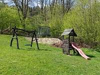 dětské hřiště - Pelešany