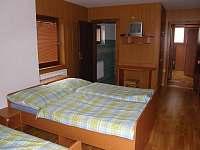 Pokoj č. 2 - rekreační dům k pronájmu Koberovy - Zbirohy