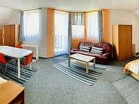 6. Rodinné studio s balkonem - apartmán k pronájmu Zámostí - Blata