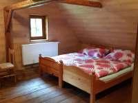 Pokoj B v podkroví - chalupa ubytování Libštát