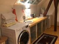 Apartmán Kněžnice - koupelna v podkroví -