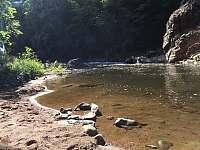 Plážička Jizera - srub k pronájmu Spálov