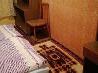 Dvoulůžková ložnice - chalupa k pronájmu Rokytá - Horní Rokytá