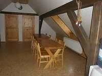 kuchyň - Rovensko pod Troskami - Kotelsko