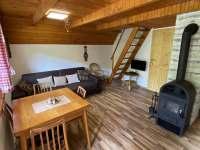 Obývací pokoj - chata k pronajmutí Markvartice - Skuřina