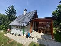 Terasa u chaty - k pronájmu Markvartice - Skuřina