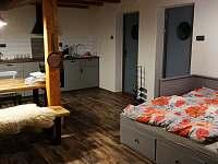 Rozkládací pohovka - pronájem apartmánu Soběslavice