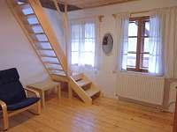 schody do hor.ložnice 3. ap.