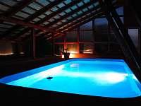 Ubytování U křížku / bazén - Hrachovice