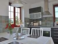 Ubytování U křížku / kuchyně - chalupa k pronájmu Hrachovice