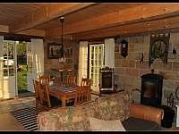 Společenská místnost - chalupa ubytování Modřišice - Podháj