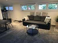 Apartmány U Lípy obývací pokoj podkrovní apartmán - Tatobity