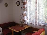 Apartmán I - Kuchyň - k pronájmu Jenišovice