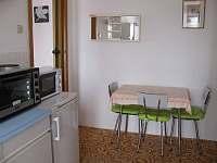Apartmán I - Kuchyň - ubytování Jenišovice
