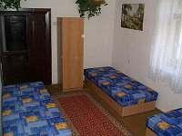 Chalupa - první ložnice se 4 lůžky