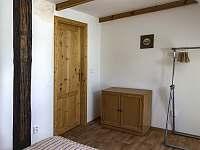 Malá ložnice - pronájem chalupy Skalany