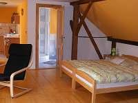 Apartmán pro 4 osoby - chalupa k pronajmutí Hřmenín