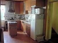 Kuchyň - pronájem rekreačního domu Pelešany