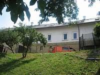 Vila ze zahrady