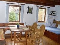Domek-obytná místnost - apartmán k pronajmutí Malá Skála