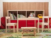Dětský koutek ve spodním patře - apartmán k pronajmutí Železnice