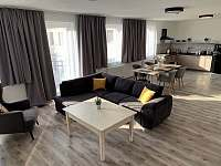 Apartmán 4 obývák - Holín