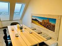 Apartmán 7 jídelní kout - Holín