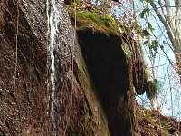 Novopacké vodopády 1,5 Km od roubenky