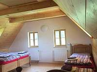 4lůžkový pokoj ap. 1 - chata k pronajmutí Pelešany