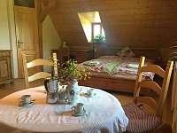 Kuchyň 1 + manželská postel