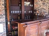venkovní bar s pípou - pronájem chalupy Drahotice