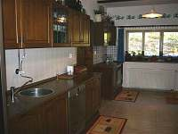 Ve stoprocentně vybavené kuchyni si můžete něco dobrého uvařit /cca 30 m/