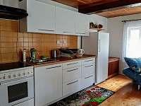 Kuchyně - chalupa k pronájmu Dolánky u Turnova - Vazovec