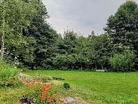 Zahrada - chalupa k pronájmu Dolánky u Turnova - Vazovec