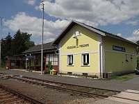Vlakové nádraží 10 minut od domu - Rovensko pod Troskami