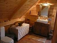 koupelna s wc 1np - chalupa k pronajmutí Malá Skála