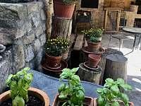 venkovní kuchyň - Malá Skála