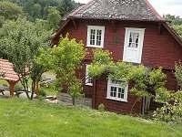 Chalupa pohled ze zahrady