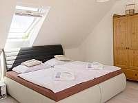 ložnice apartman - chalupa k pronájmu Doubravice - Hrubá Skála