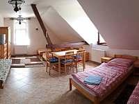 podkrovní pokoje 5 lůžek