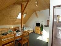 Další z pokojů - apartmán ubytování Sedmihorky