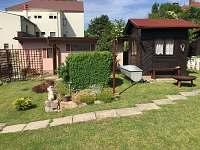 Rovensko pod Troskami - rodinný dům k pronájmu - 8