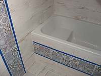 koupelna pro 2. podkrovní apartmán - Uhlíře