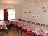 společenská místnost 35 míst k sezení - Uhlíře