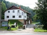 Penzion na horách - okolí Vazovce