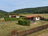 Chatka s bazénem Pekloves - ubytování Pekloves