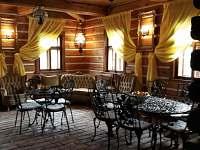 salonek u společenské místnosti - chalupa ubytování Nová Paka