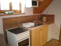 kuchyňka k pokoji