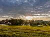 Východ slunce - chalupa k pronajmutí Chuchelna - Lhota